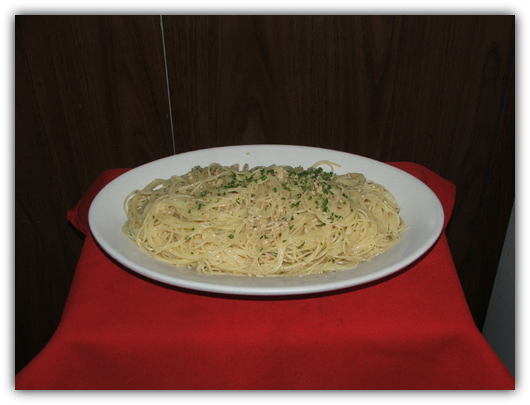 Spaghettini Aio and Olio. Pasta in olive oil, garlic sauce and parsley.